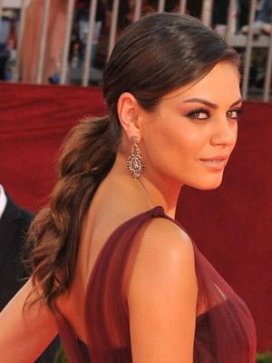 Mila_Kunis_2009_Emmys_Hair_