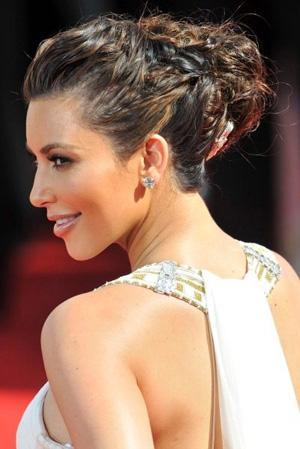 Kim_Kardashian_2010_Emmys_hair_