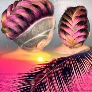Mohawk_dressed_in_colorful_braids_inspired_by_tropical_palm_fronds_and_sunrise_by_Vanessa_Fermin_IG_@vanessastylesyou_