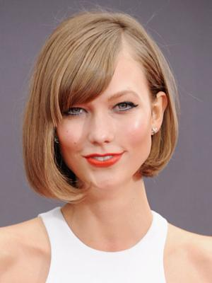 Karlie_Kloss_bob_with_bangs_