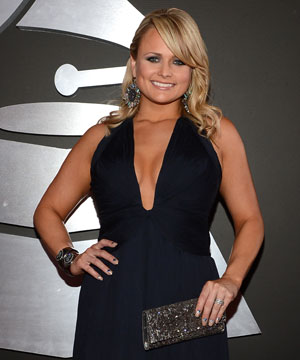 Miranda Lambert Dazzles the Red Carpet at Grammy Awards