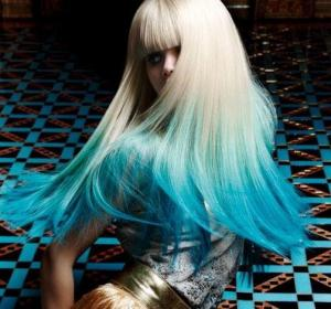 Most_Popular_Ombre/Dip-Dyed_Hair_Color_Design._Hair:_Dieter_Ferschinger_