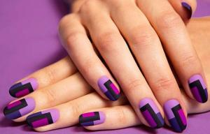 Radiant_Orchid_Nail_Art_