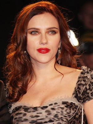 Scarlett_Johansson_Dark_Red_