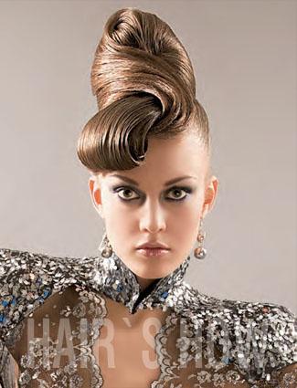 Hair: Natalia Oropai for Estel Professional