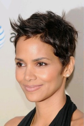 Halle Berry`s signature mussed look