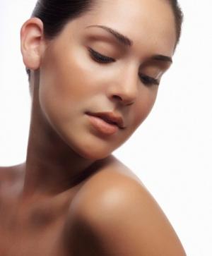 Glowing Nude Makeup